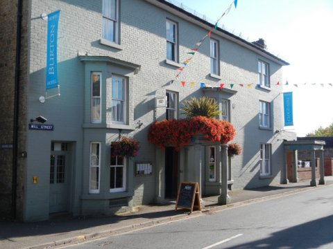 The Burton Hotel Kington